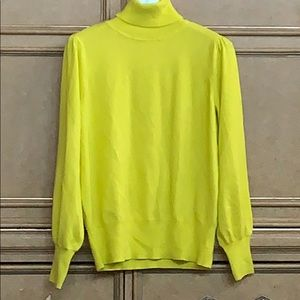 CROWN & IVY TURTLE NECK CHARTREUSE GREEN SWEATER